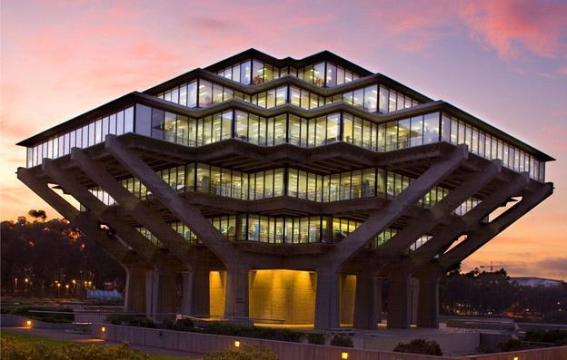 加州大学圣地亚哥分校美国公立大学排名
