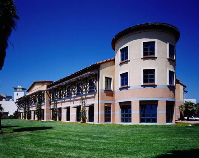 加州大学圣芭芭拉分校美国公立大学排名