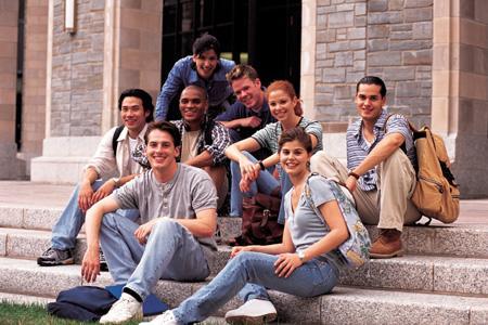 加拿大留学,加拿大教育中心,加拿大留学VS国内读书有何不同