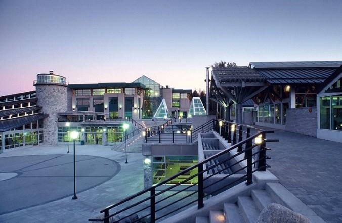 北英属哥伦比亚大学MBA硕士预科 UNBC硕士预科 加拿大教育中心 加拿大留学热选MBA专业
