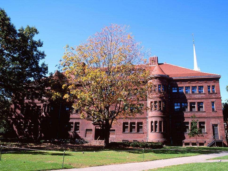 美国布兰迪斯大学