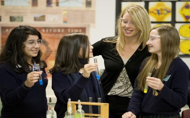 澳洲中学,新西兰中学,澳新低龄留学,澳新中学面试,免申请费