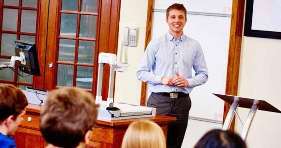 英国大学留学教育学专业