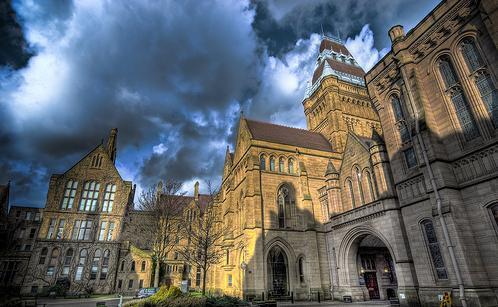 曼彻斯特大学部分专业录取截止