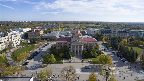 高考生申请曼尼托巴大学 加拿大教育中心