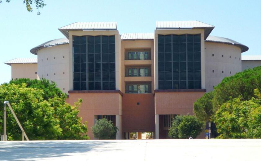 加利福尼亚大学欧文分校University of California, Irvine