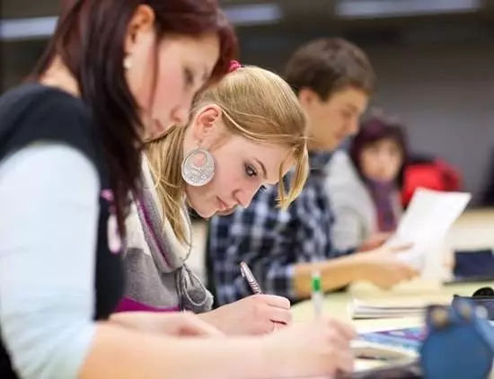 英国留学专业留学院校