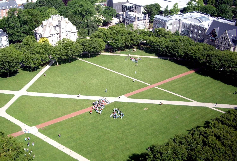 美国留学罗德岛大学