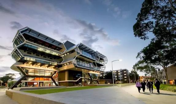 蒙纳士大学2021奖学金 蒙纳士大学奖学金申请 蒙纳士大学2021课程 艾迪留学