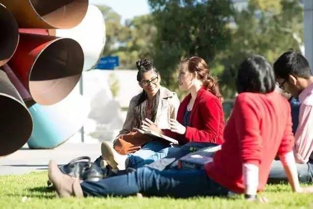 澳洲八大,蒙纳士大学,蒙纳士大学排名,蒙纳士留学费用,澳洲奖学金,澳洲热门专业