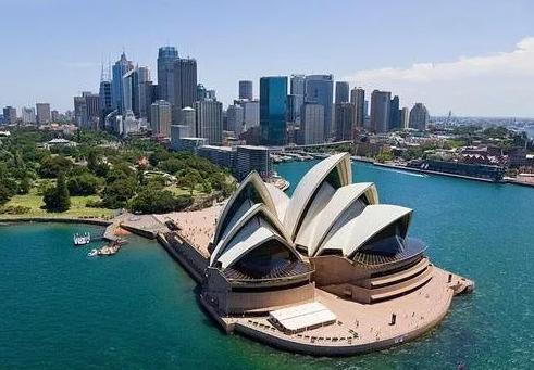 澳洲留学生活费,澳洲大学学费,澳洲优势专业,澳大利亚留学