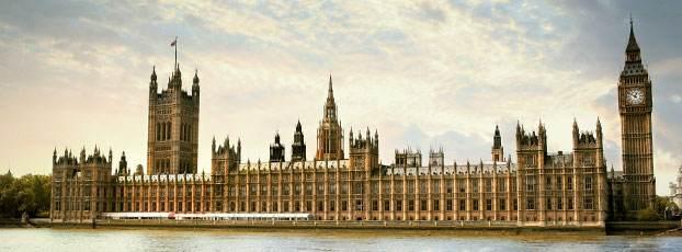 英国留学月生活费最低的大学